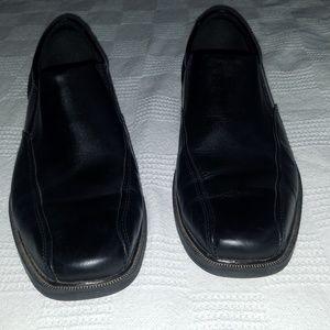 Genuine black leather Nunn Bush loafers size 9